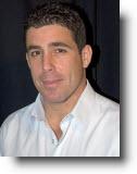 """ניר דובדבני – מנכ""""ל חברת RND, לשעבר מנכ""""ל רשת הולמס פלייס ישראל"""
